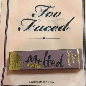 Too Faced melted matte lipstick 💄